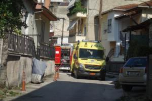 Ιωάννινα: Σε εξαιρετικά σοβαρή κατάσταση ο τραυματίας από την έκρηξη – Υγραέριο η πιθανότερη αιτία