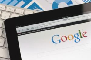 Στον «αέρα» τα προσωπικά δεδομένα εκατοντάδων χιλιάδων χρηστών της Google!