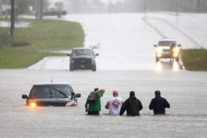 Επίσκεψη Τραμπ στους πληγέντες του τυφώνα Φλόρενς