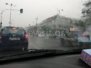 Καιρός – Κυκλώνας Ζορμπάς: Σαρώνει την Αττική με ανυπολόγιστες ποσότητες νερού!