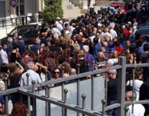Κρήτη: Ράγισαν καρδιές στην κηδεία της Κάλλιας – Λαοθάλασσα στο τελευταίο αντίο [pics]