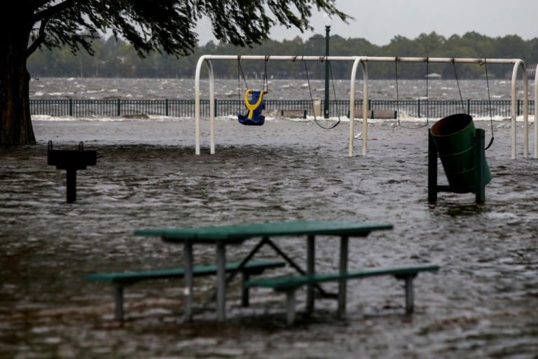 Έφτασε στις ανατολικές ακτές των ΗΠΑ και… τρομάζει ο κυκλώνας Φλόρενς – video | Newsit.gr