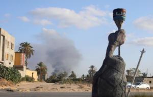 Χάος και πανικός στην Λιβύη – Τουλάχιστον 400 κρατούμενοι δραπέτευσαν από φυλακή – Μαίνονται οι σφοδρές συγκορύσεις