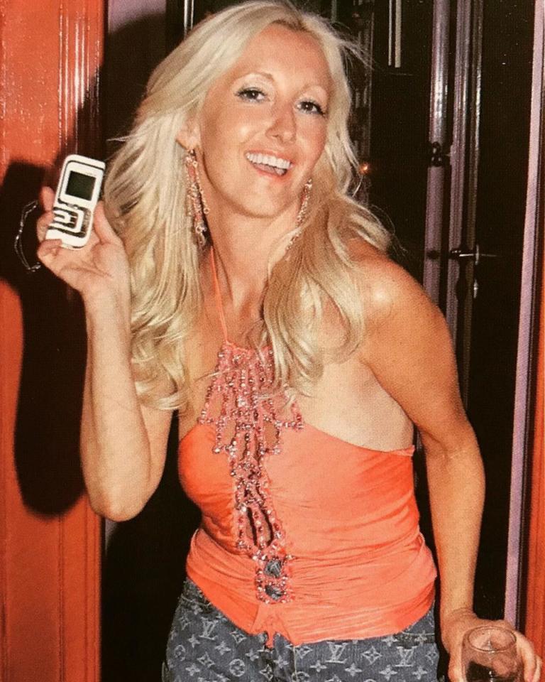 Είναι Ελληνίδα celebrity σε φωτογραφία του 2004! Την αναγνωρίσατε; | Newsit.gr