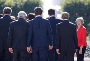 Επική ατάκα από τη Τερέζα Μέι: Πιο πιθανό το… Μουντιάλ από την επιστροφή στην Ε.Ε.