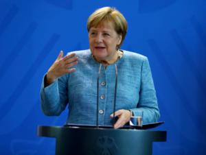 Μέρκελ: Ε.Ε και Βρετανία θα πρέπει να έχουν στενή συνεργασία για την άμυνα ακόμα και μετά το Brexit