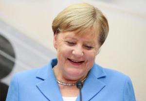 Μέρκελ: «Υπόδειγμα η συμφωνία για το προσφυγικό με την Τουρκία για το μέλλον»