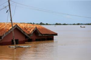 Νιγηρία: Τουλάχιστον 100 νεκροί από τις καταστροφικές πλημμύρες!