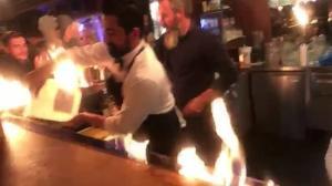 Πελάτες πήραν φωτιά στο εστιατόριο του γνωστού Τούρκου μάγειρα Νουσρέτ – video