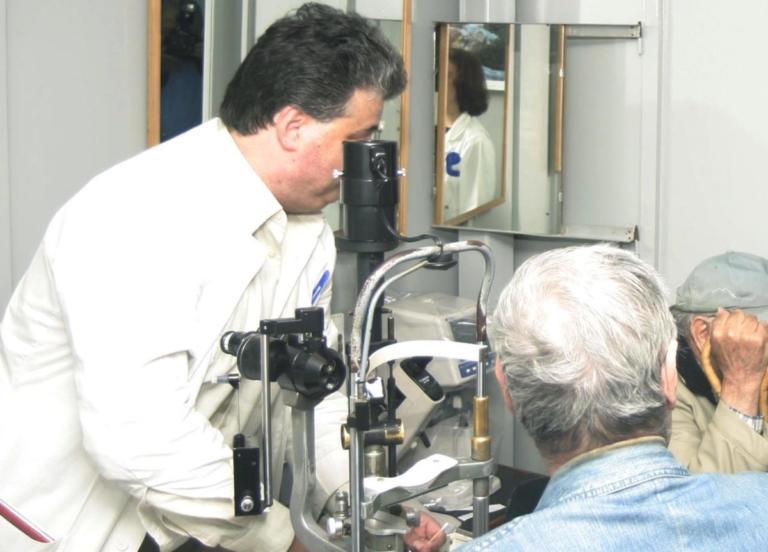 Μέτρα κατά της μυωπίας στους νέους εξαιτίας της αλόγιστης χρήσης των υπολογιστών! | Newsit.gr