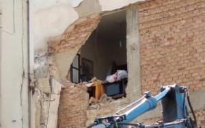 Πάτρα: Απίστευτο λάθος σε κατεδάφιση σπιτιού – Διέλυσαν και το διπλανό την ώρα που ο ιδιοκτήτης βρισκόταν μέσα [pics, video]