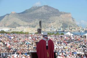 Επίσκοπος κατηγορείται ότι βίασε μοναχή! Ζητούν το «κεφάλι» του
