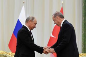 """""""Σύννεφα"""" ανάμεσα σε Πούτιν και Ερντογάν για… χάρη της Συρίας"""