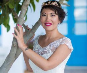 """Σαντορίνη: Ο γαμπρός άφησε τη νύφη σύξυλη – """"Με χώρισε παραμονές του γάμου ενώ τα είχαμε πληρώσει όλα"""" [pics]"""