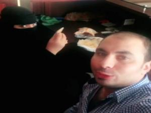 Σαουδική Αραβία: Τον συνέλαβαν επειδή έφαγε πρωινό με μια συνάδελφό του!