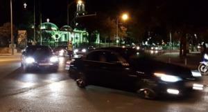 Θεσσαλονίκη: Η αυτοκινητοπομπή που «πρόδωσε» τα μεσάνυχτα την άφιξη του Αλέξη Τσίπρα για τη ΔΕΘ – video
