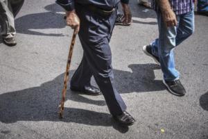 """""""Καμία αύξηση ορίων ηλικίας συνταξιοδότησης"""" ξεκαθαρίζει το υπουργείο Εργασίας"""