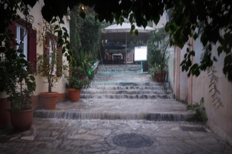 Καιρός: Βροχές και καταιγίδες την Πέμπτη! Αναλυτική πρόγνωση | Newsit.gr