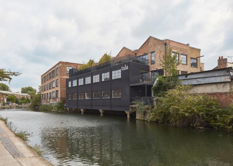 Tala: Οι ολοκαίνουριες πολυτελείς εγκαταστάσεις της διάσημης εταιρίας φωτισμού στο Λονδίνο   Newsit.gr