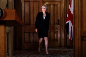 Brexit: Τα ιρλανδικά σύνορα απειλούν τη συμφωνία