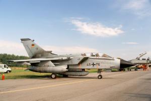 Οι Γερμανοί… ξανάρχονται: Συμμετοχή σε βομβαρδισμούς στη Συρία προανήγγειλε ο Μάας