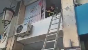 Νέα επίθεση στα γραφεία του Κ. Βελόπουλου στην Πάτρα! video