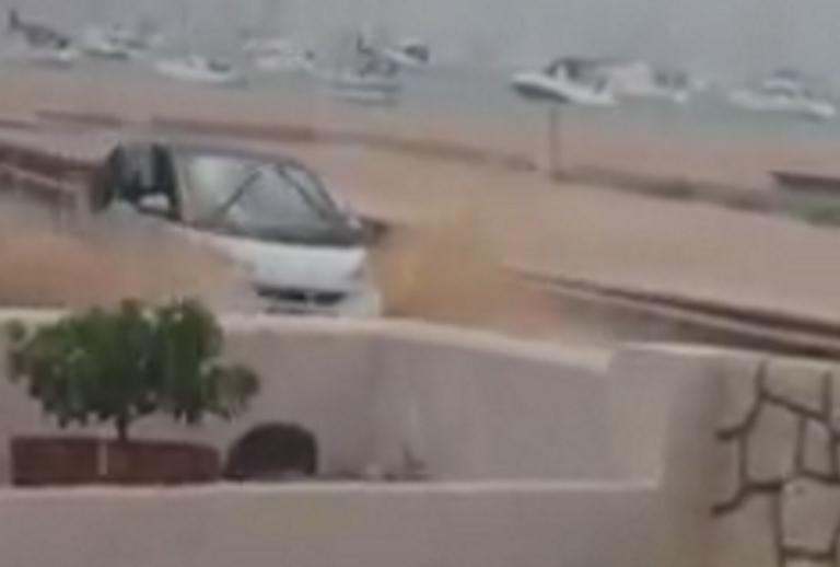 Πόρτο Χέλι: Χάος στα λασπόνερα – Ο μεσογειακός κυκλώνας έβγαλε τη θάλασσα στη στεριά – video