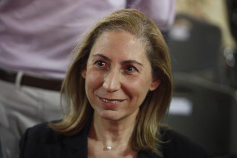 Ξενογιαννακοπούλου: Οι προσλήψεις στο Δημόσιο έχουν την έγκριση της Ευρωζώνης | Newsit.gr
