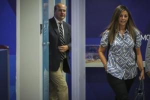 «Μαύρη» νύχτα έφυγε από τα γραφεία της ΝΔ η Σοφία Ζαχαράκη [pics]