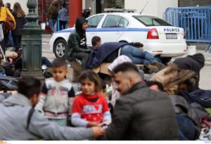 Θεσσαλονίκη: Στη δομή των Διαβατών θα μεταφερθούν οι πρόσφυγες από την πλατεία Αριστοτέλους