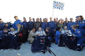 Επέστρεψαν στη Γη τρεις αστροναύτες από τον Διεθνή Διαστημικό Σταθμό