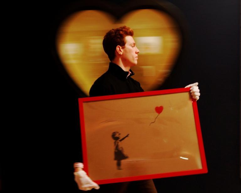 Μια περιουσία για το colpo grosso του Banksy – Αγόρασε τον πίνακα που αυτοκαταστράφηκε | Newsit.gr