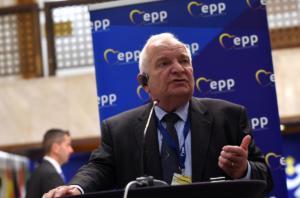 Μήνυμα ΕΛΚ στους σκοπιανούς βουλευτές: Ψηφίστε την συμφωνία των Πρεσπών