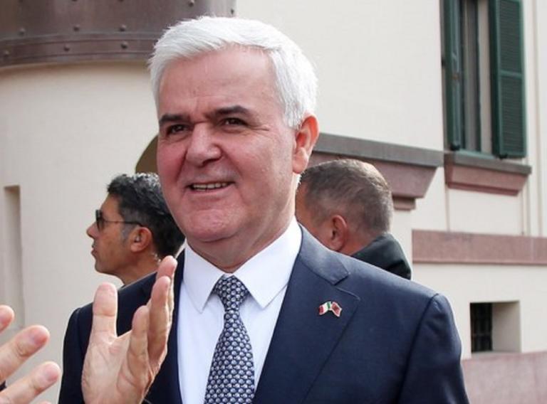 Αλβανία: Παραιτήθηκε ο υπουργός Εσωτερικών | Newsit.gr