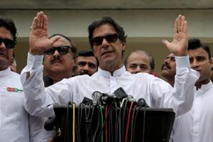 Και το Πακιστάν έτοιμο να ξαναπεράσει το κατώφλι του ΔΝΤ