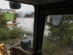Καιρός: Αγνοούμενοι και καταστροφές σε Εύβοια και Αλμυρό