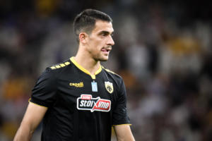 Ο Λαμπρόπουλος για το συμβόλαιο με ΑΕΚ: «Υπάρχουν πολλά στη μέση, αλλά…»