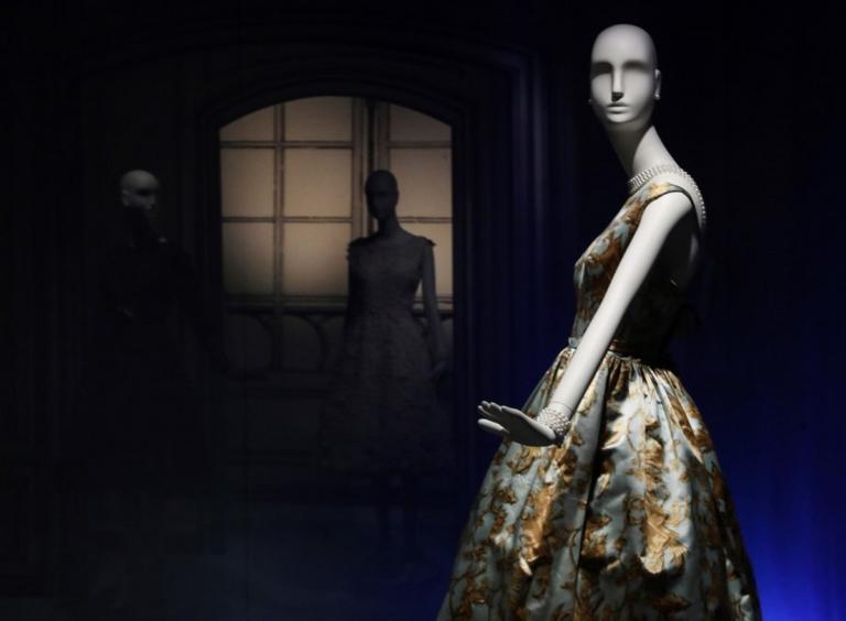 Σάλος με διάσημο οίκο μόδας – Κάνει δικά του όσα του αρέσουν με αντιγραφή   Newsit.gr