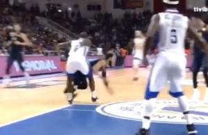 Προσοχή, σκληρές εικόνες – «Διαλύθηκε» το πόδι παίκτη της Φενέρμπαχτσε! video