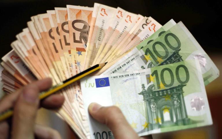 Ρόδος: Η γυναίκα… ταχυδακτυλουργός βούτηξε τα χρήματα από τη μια στιγμή στην άλλη! | Newsit.gr