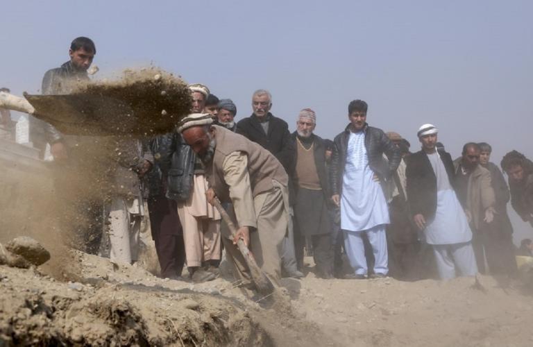 Αφγανιστάν: Τρία εκατομμύρια άνθρωποι κινδυνεύουν με λιμό λόγω της ξηρασίας! | Newsit.gr