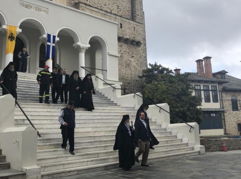 Άγιο Όρος: Ξύπνησαν μνήμες του έπους του 40 – Έτσι τίμησαν την εθνική μας επέτειο! | Newsit.gr