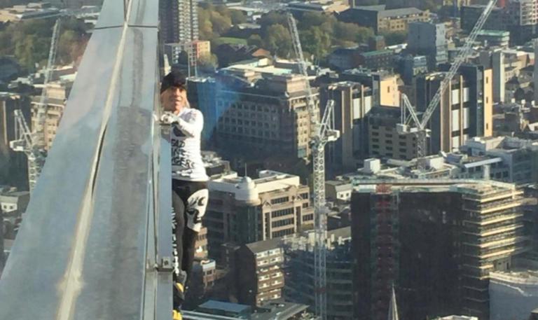 """Κόβει ξανά την ανάσα ο """"Γάλλος Spiderman"""" – Σκαρφάλωσε 230 μέτρα… χωρίς εξοπλισμό! video   Newsit.gr"""