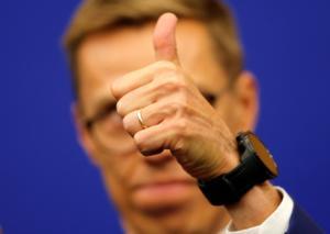 Αλεξάντερ Στουμπ: Νέος, πρώην πρωθυπουργός και επίδοξος… διάδοχος του Γιούνκερ! [pics]