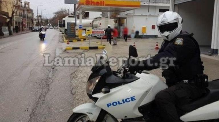 Λήστεψαν βενζινάδικο στα Καμμένα Βούρλα – Απείλησαν με μαχαίρι την υπάλληλο! | Newsit.gr