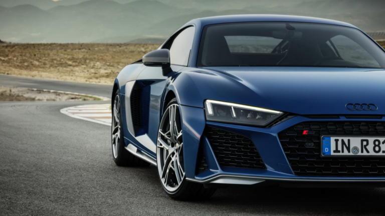 Η Audi ελέγχει το R8 με τον πλέον παραδοσιακό τρόπο | Newsit.gr