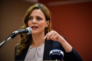 Αχτσιόγλου: Εντός Νοεμβρίου, το νομοσχέδιο για τη μείωση των ασφαλιστικών εισφορών