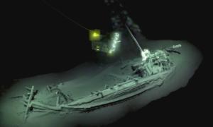 Η Μαύρη Θάλασσα έκρυβε άθικτο καράβι ηλικίας 2.400 ετών! video