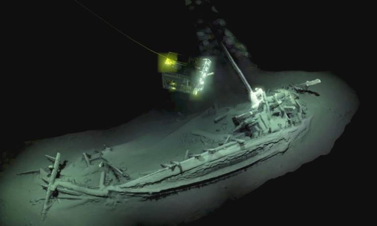 Η Μαύρη Θάλασσα έκρυβε άθικτο καράβι ηλικίας 2.400 ετών! video | Newsit.gr