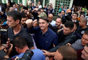Βραζιλία: Υπόθεση του ακροδεξιού Μπολσονάρο ο πρώτος γύρος των εκλογών